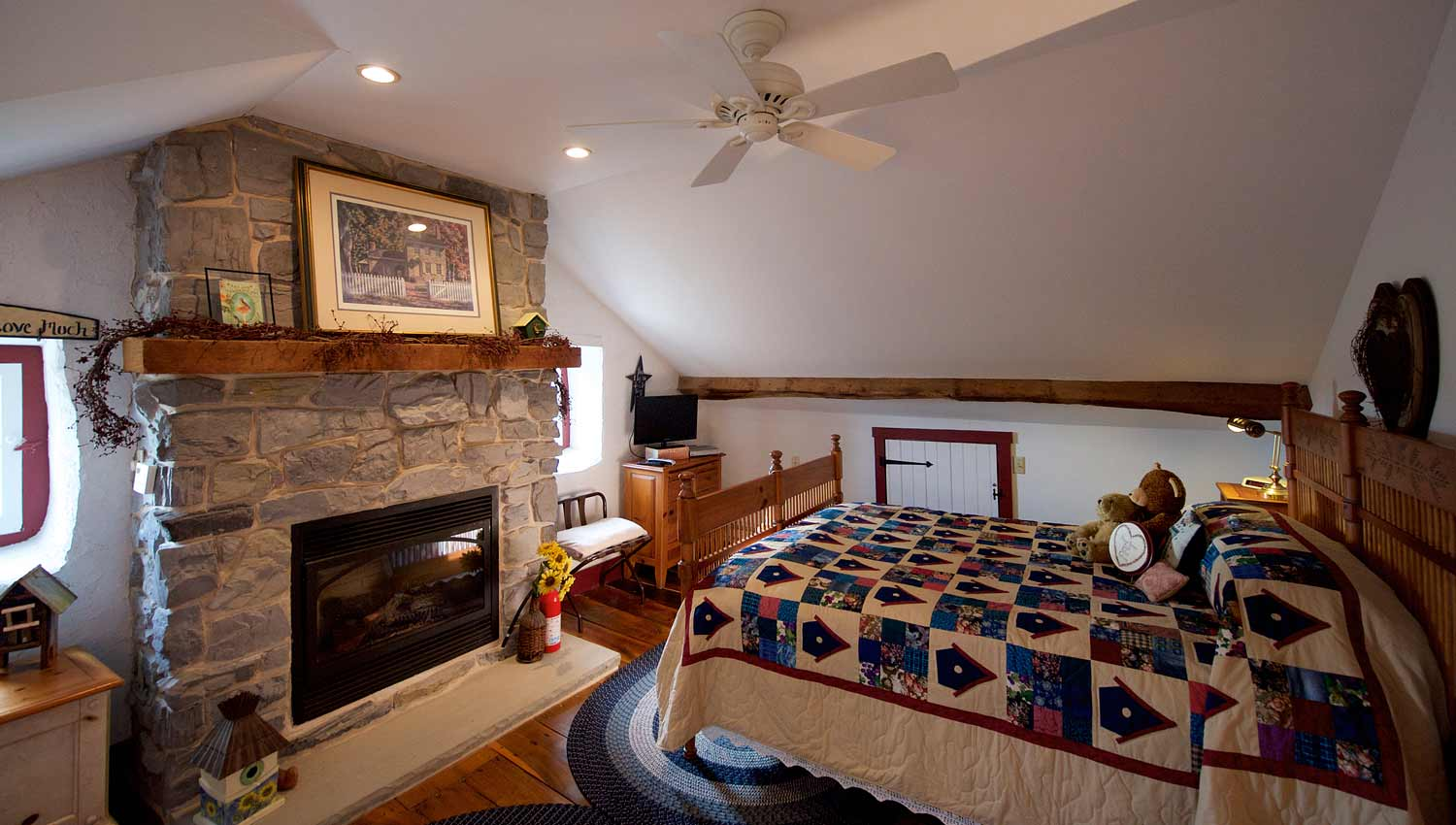 Bed and Breakfast Guest Room with Fireplace